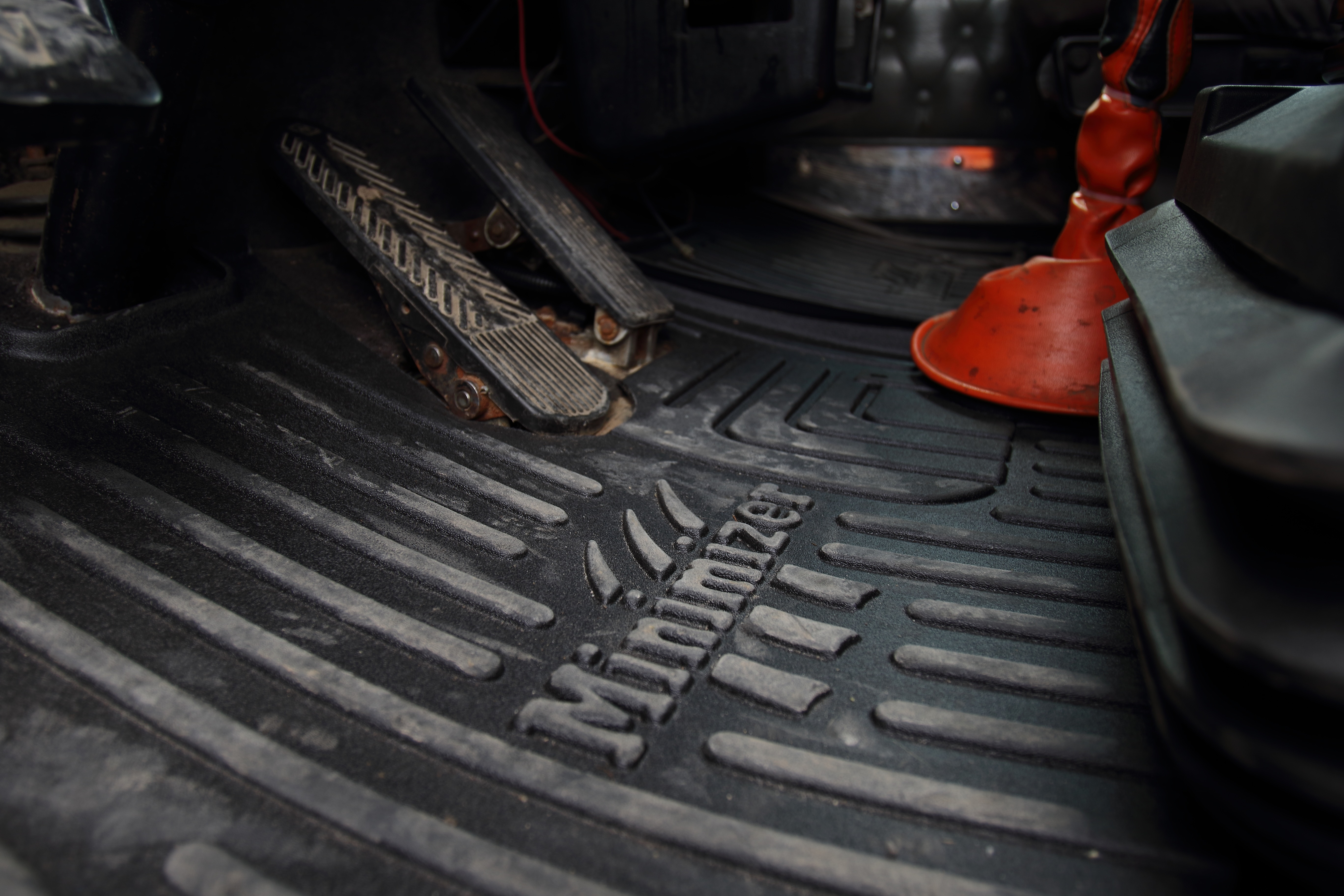 mud and custom minimizer k build materials white flaps truck bandit accessories industries uses lasting mats to durable long processes products proprietary floor home